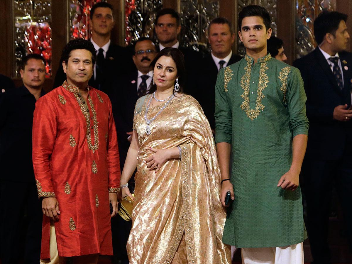Inside Isha Ambani S 100 Million Wedding Spectacle