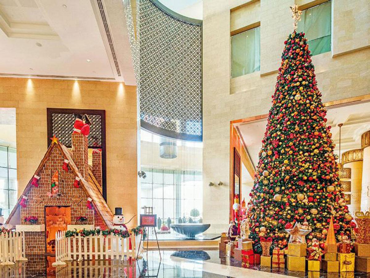 Uae Christmas Tree Lighting 20 Places To Go