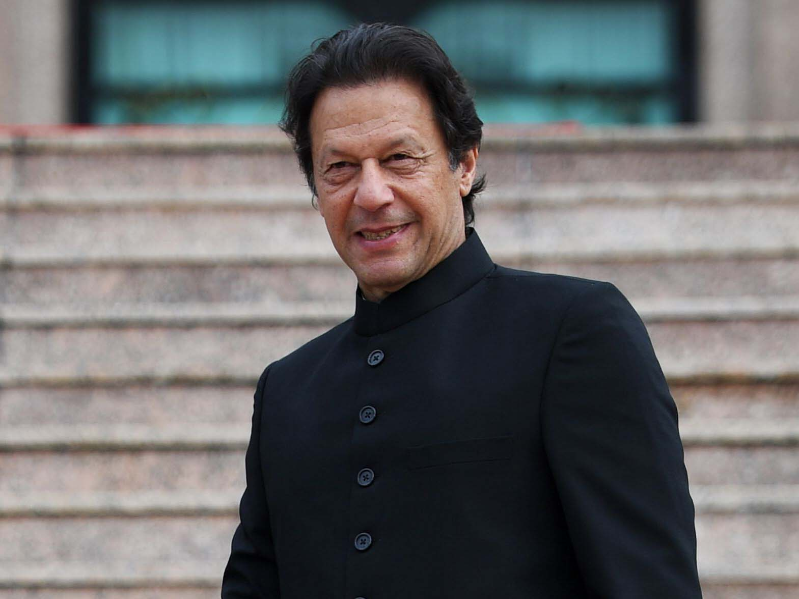 Imran Khan Fights Power Theft In Pakistan