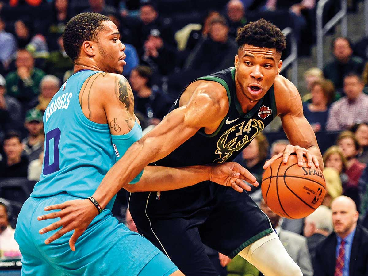 NBA Leaders Bucks Rally To Beat Hornets 108 99