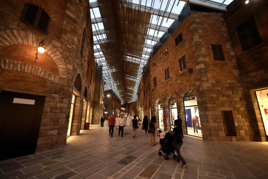 The Outlet Village Opens In Dubai 5 Things To Know