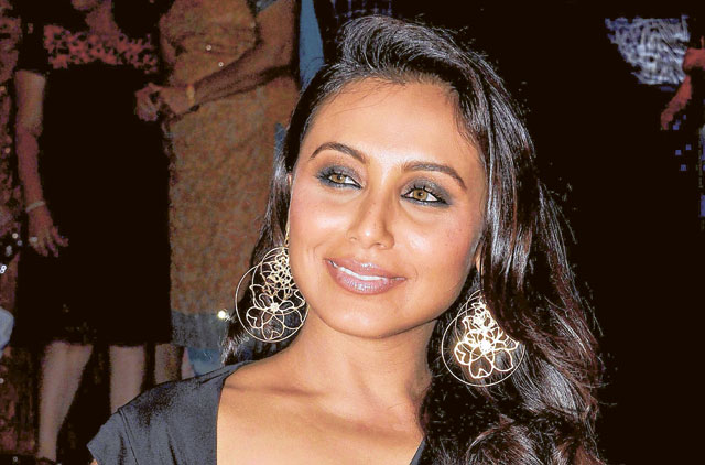 Image result for rani mukherjee earring