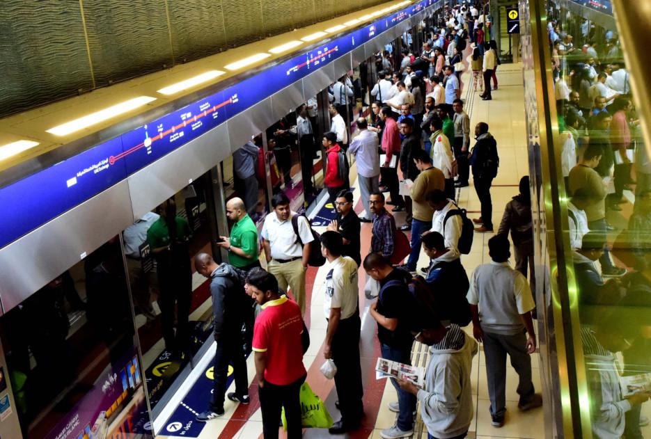 Dubai metro faces minor glitch, services resume