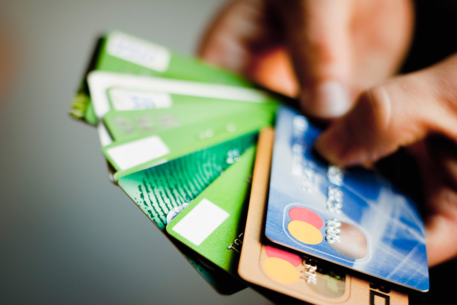Multiple Credit Card Applications Up As More Uae Consumers Seek Cash