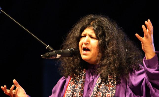 Abida Parveen Returns To Dubai For Eid