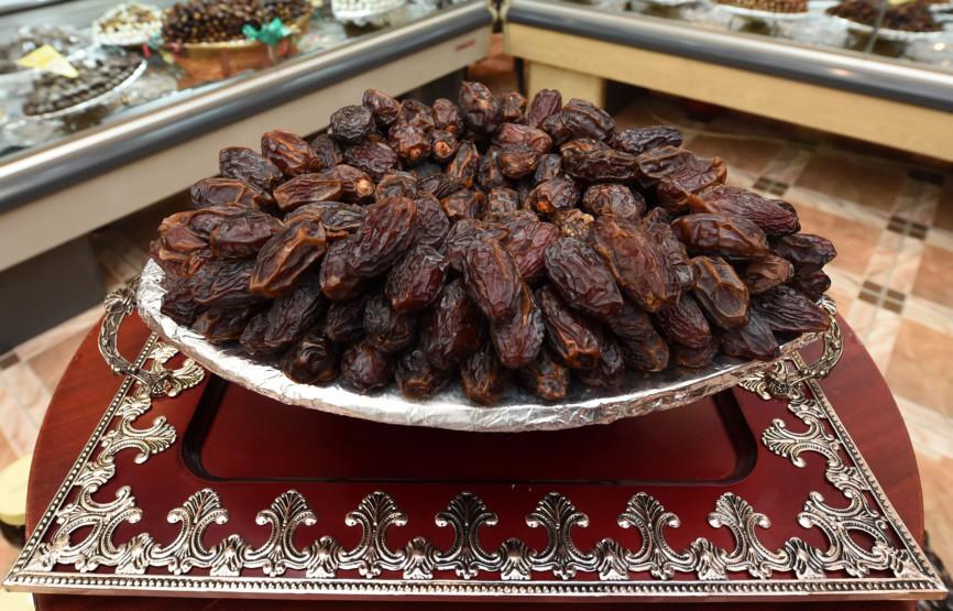 Extravagant dates