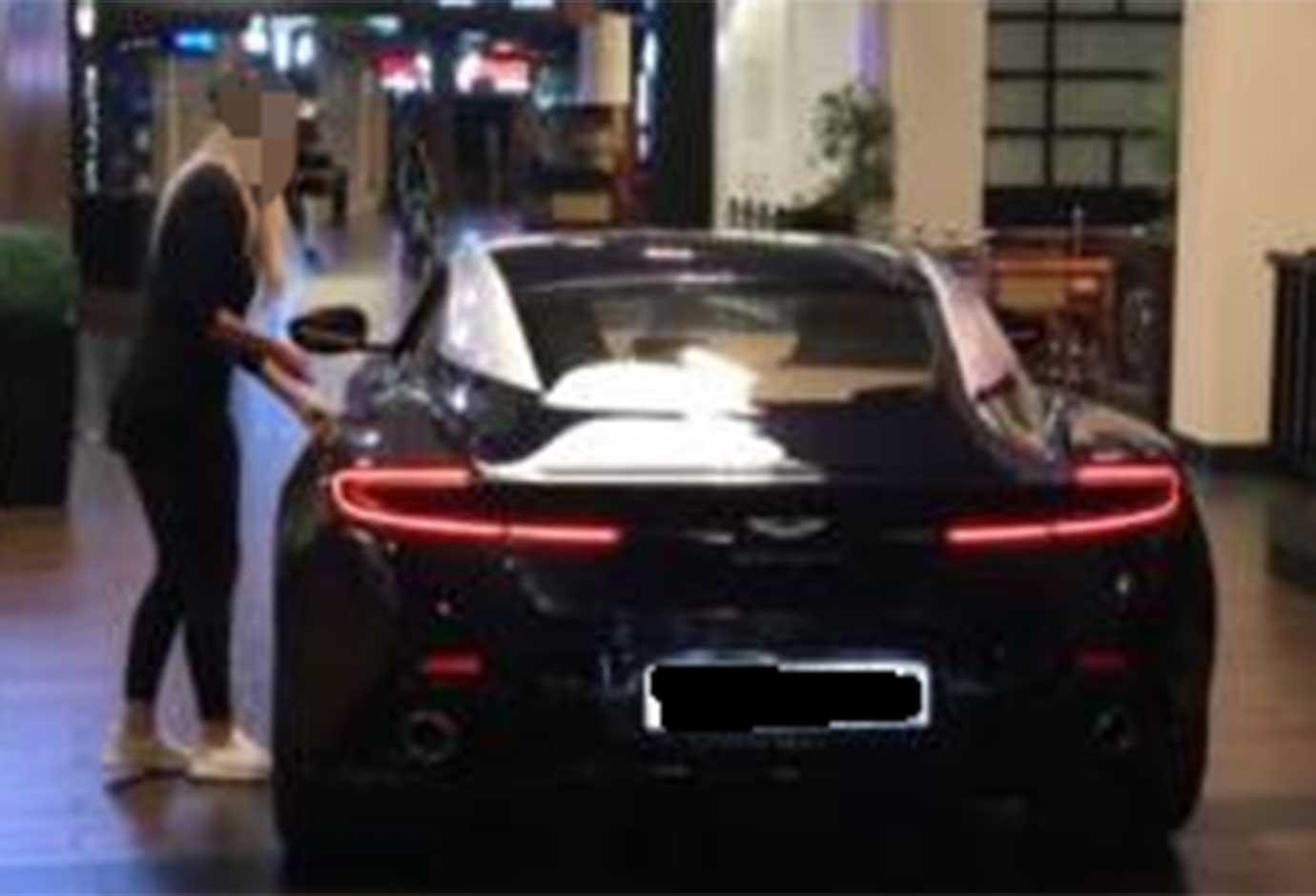 Watch Dubai Expat Drives Car Inside Dubai Mall