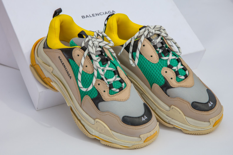 Sneaker fashion has reached its peak 3cb0e43a4a