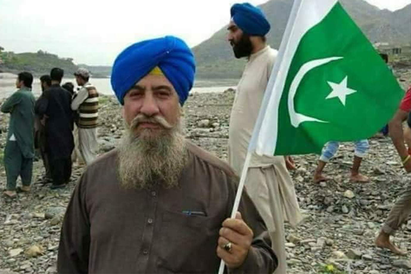 pakistan must not let down its sikh community