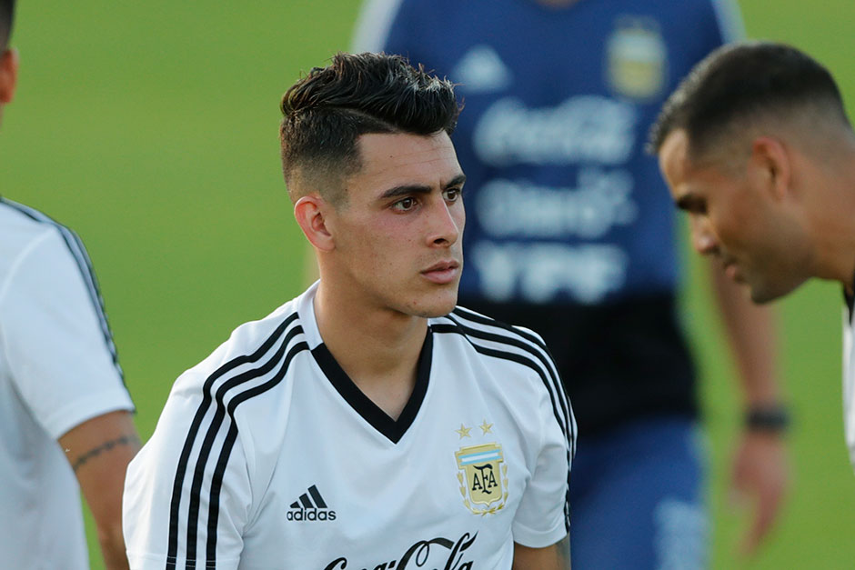 ... jersey egypt 1 hadari army green goalkeeper 2018 fifa world cup soccer  44a80 f3f9b  ireland argentina may gamble with pavon as messis partner  5ac65 ... cf075441a