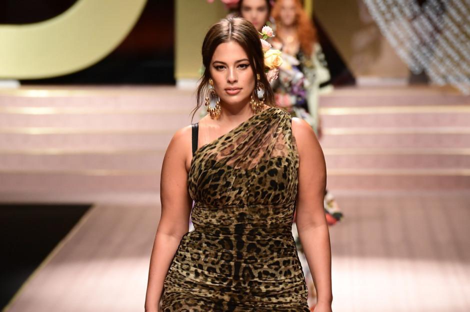 173eb6bd1653b Milan Fashion Week  Dolce   Gabbana go plus-sized