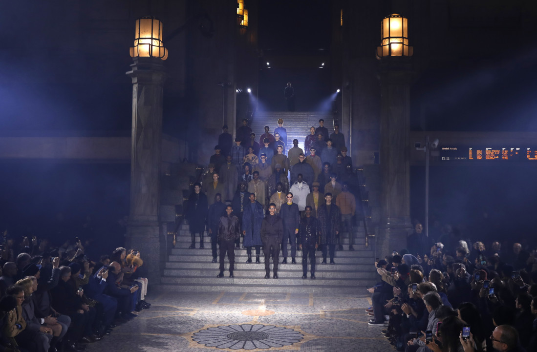 Milan Fashion Week  Dolce   Gabbana s dandy comeback 8e61404f4
