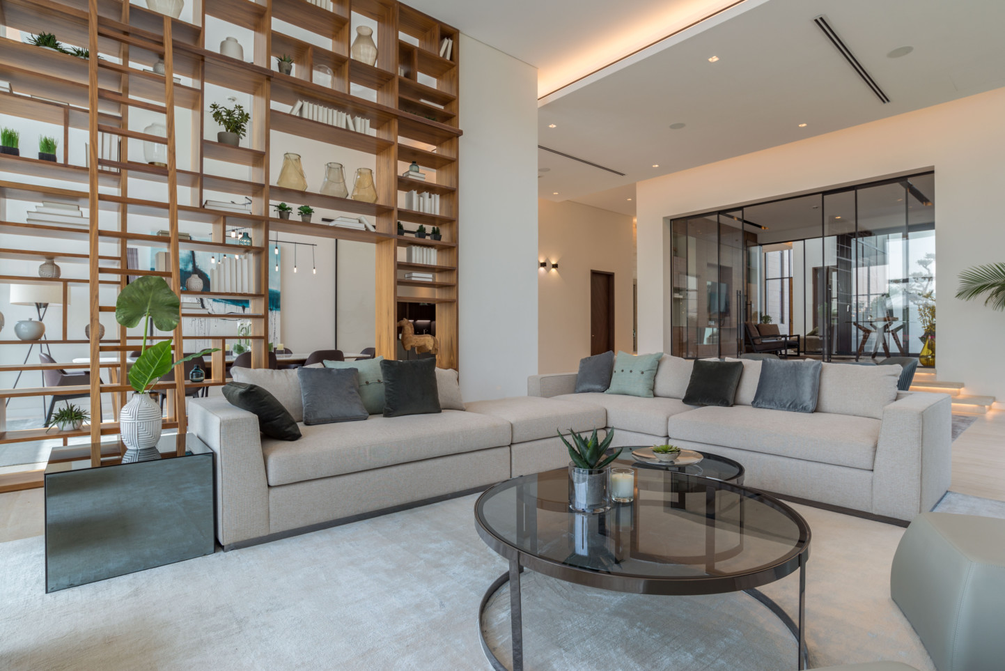 A Jumeirah Golf Estates Hillside Villa With An Area Of 16,500 Sq Ft. This  Signature Residence Was Sold For Dh26.96 Million Or Dh1,694 Per Square Foot  Image ...